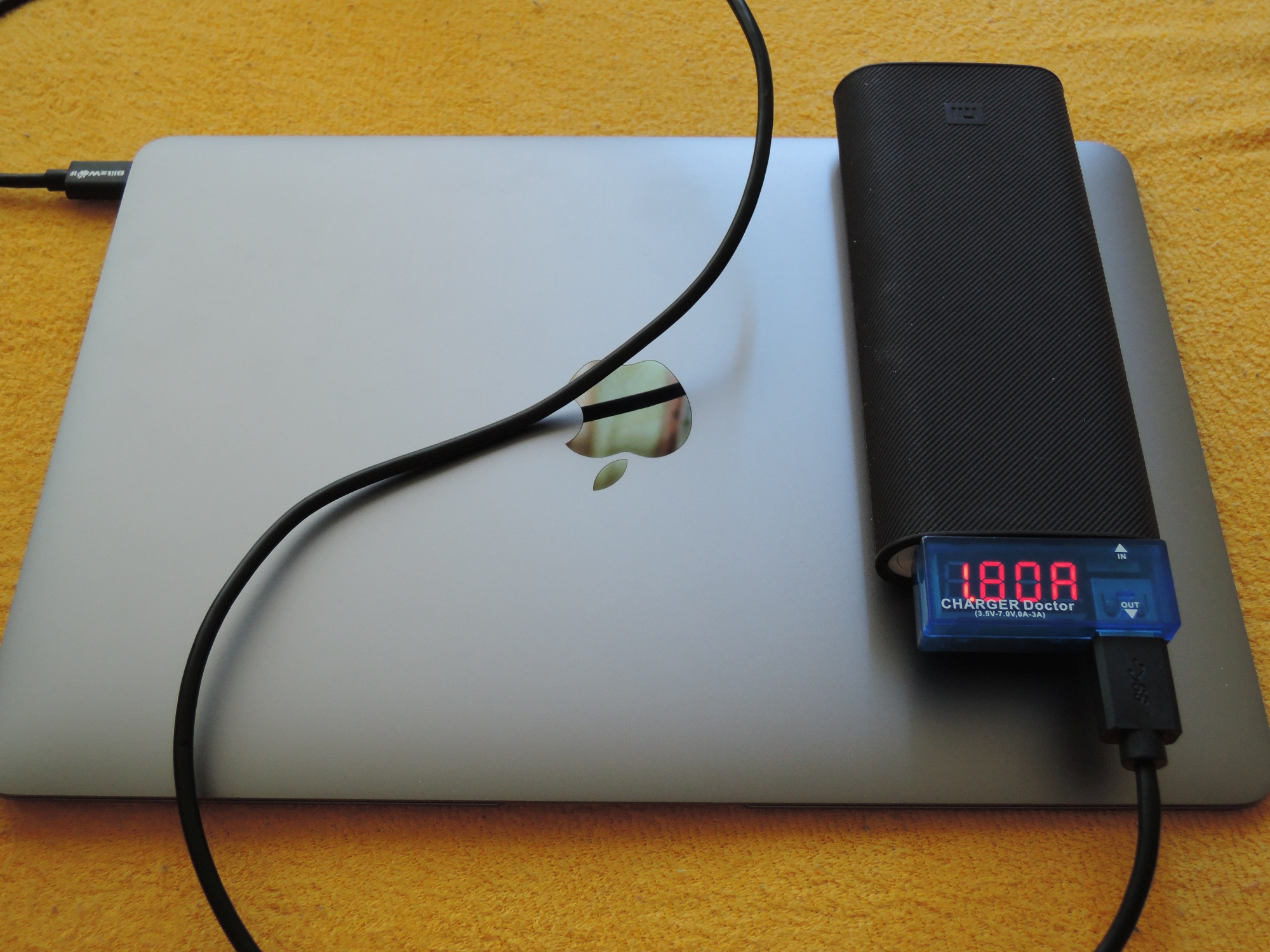 macbook-12-xiaomi-16000-mah